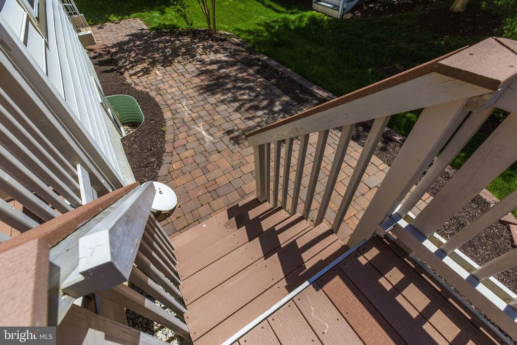 Trex Deck and stairs - 13891 CRABTREE WAY, GAINESVILLE