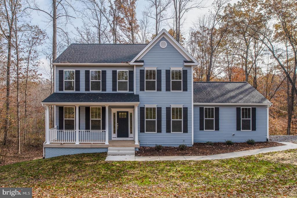 Pictures in listing similar to house being built - 1077 MOUNTAIN VIEW RD, FREDERICKSBURG
