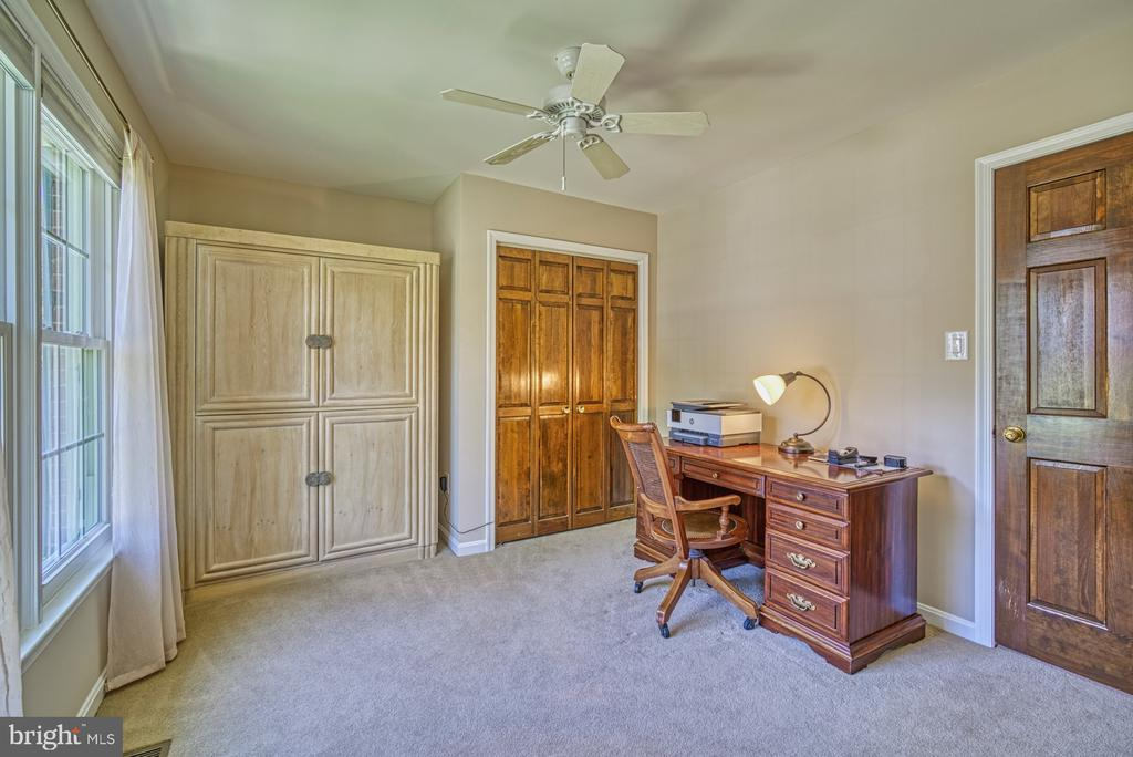 Attached Room to Master or Bedroom #4 - 11959 GREY SQUIRREL LN, RESTON