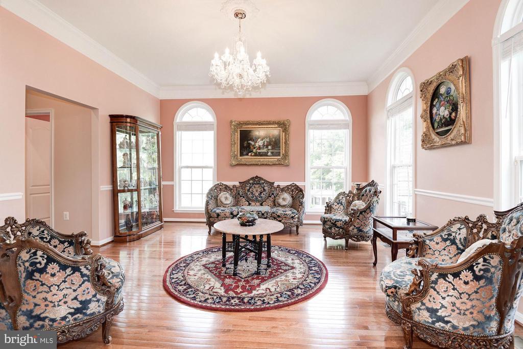 Living Room - 7104 AYERS MEADOW LN, SPRINGFIELD