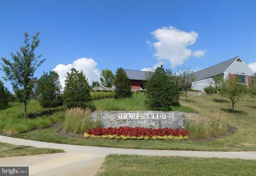 The Shores Club is the heart of the community - 17076 SILVER ARROW DR, DUMFRIES