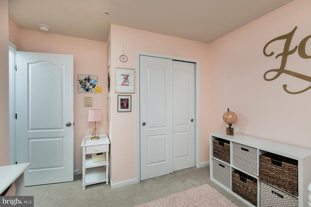 Bedroom 2 (alt view) - 8472 HEDWIG LN, FREDERICK