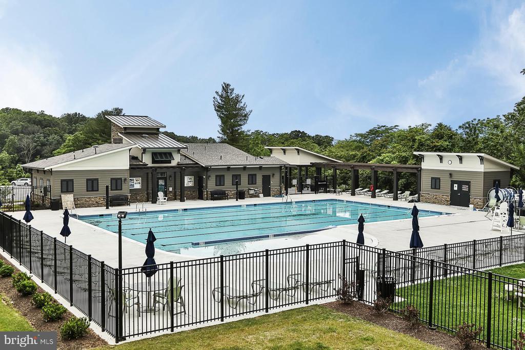 Community Pool - 8472 HEDWIG LN, FREDERICK