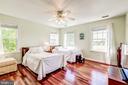 Bedroom 3  w/ Wood Flrs and Jack n-Jill access - 37986 KITE LN, LOVETTSVILLE