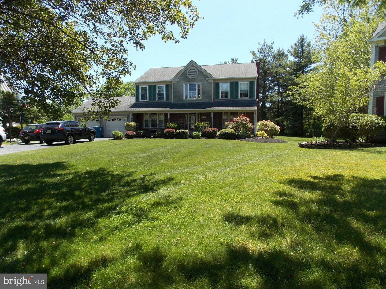 Single Family Homes 为 销售 在 平原市, 新泽西州 08536 美国