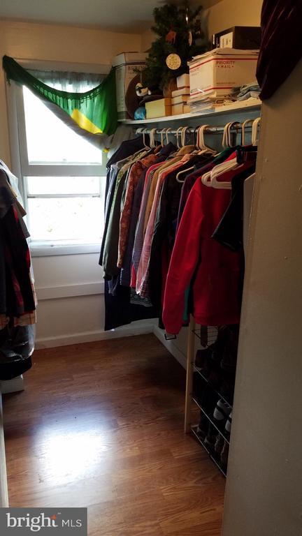 108 Walk In Closet - 108, 110, 112 ICE ST, FREDERICK