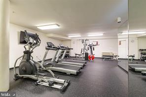 On site exercise - fitness center - game room - 301 S REYNOLDS ST #601, ALEXANDRIA