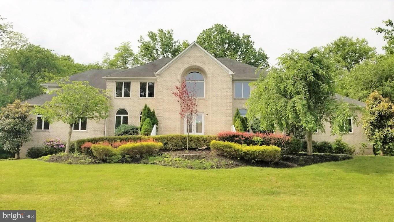 Single Family Homes 为 销售 在 万宝路, 新泽西州 07746 美国
