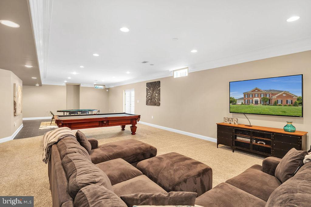 Open basement floor plan - 19544 ROYAL AUTUMN LN, LEESBURG