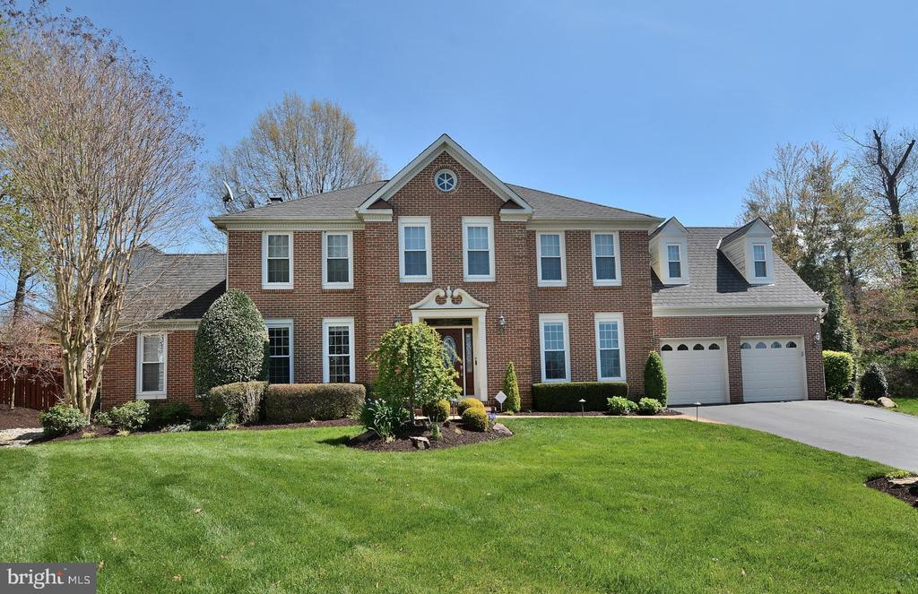 FRONT PHOTO - 13701 STONEDALE CT, CLIFTON