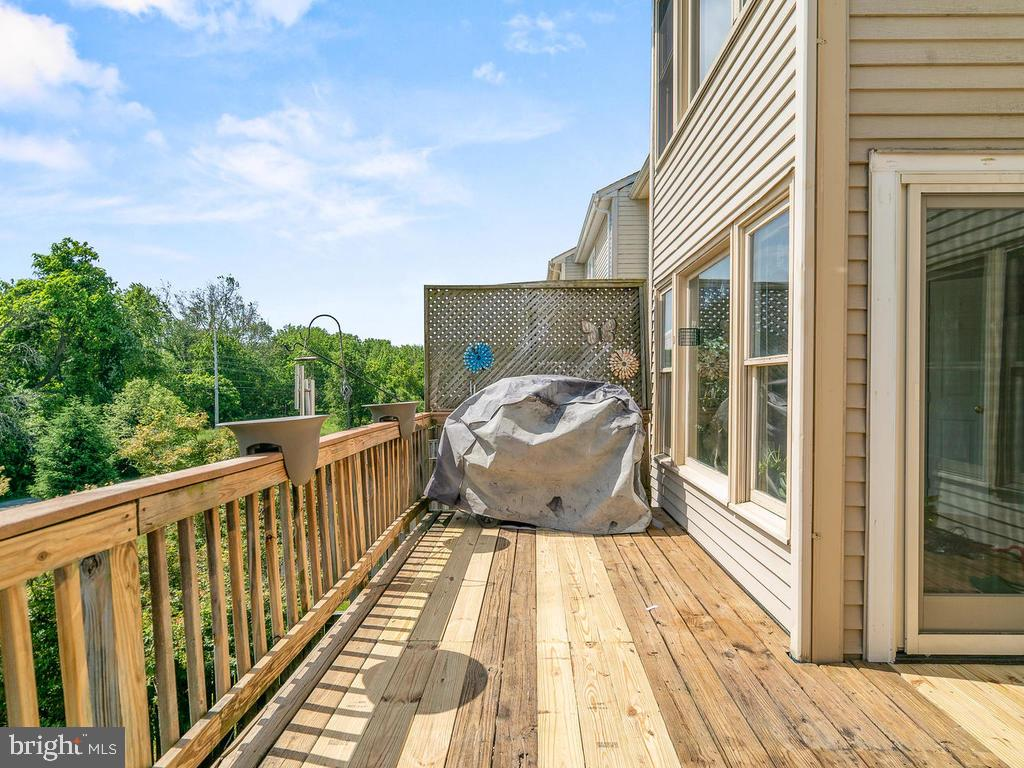 Deck backs to nature! - 5307 DUKE CT, FREDERICK