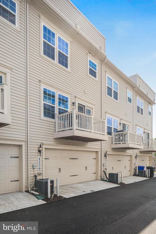 2 car garage and rear balcony! - 8206 MINER ST, GREENBELT