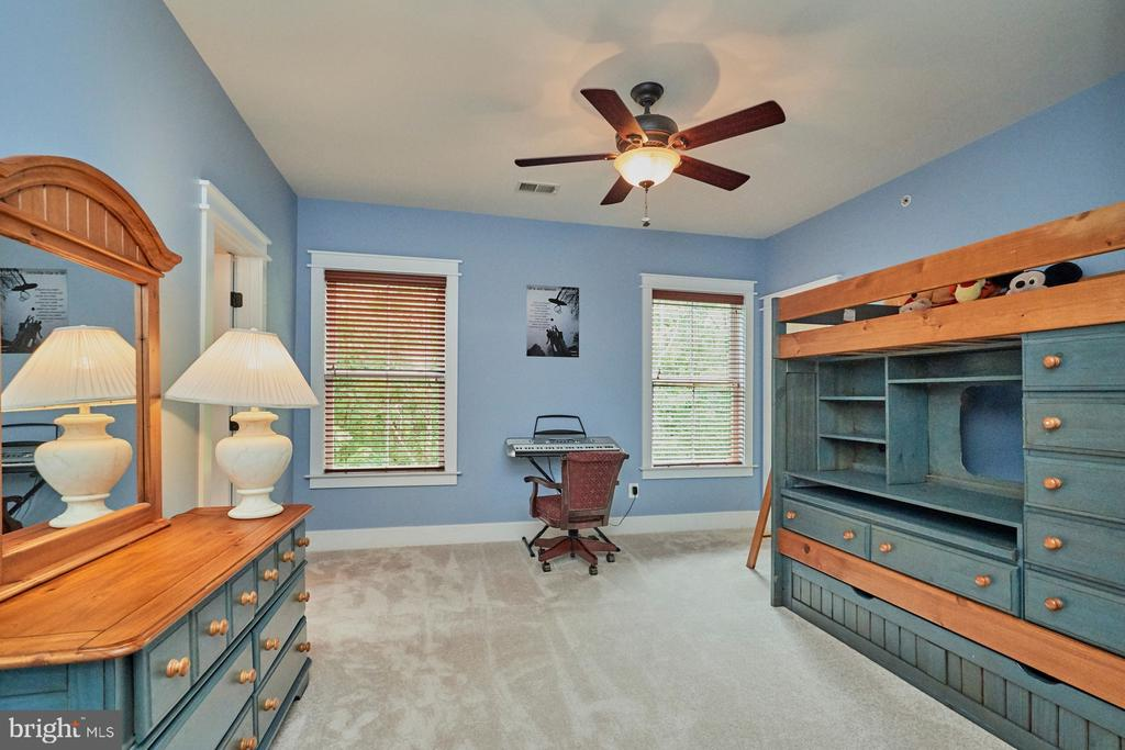 4th Bedroom - total of 8 Ceiling Fans in home - 14428 EAGLE ISLAND CT, GAINESVILLE