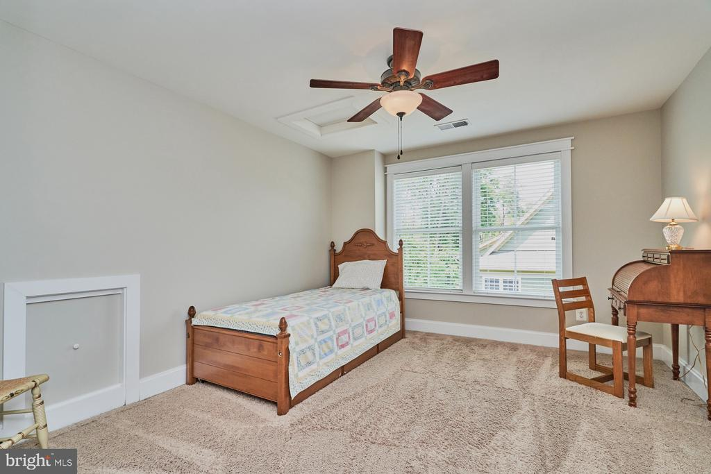5th Bedroom on Top Level w/Ceiling Fan - 14428 EAGLE ISLAND CT, GAINESVILLE
