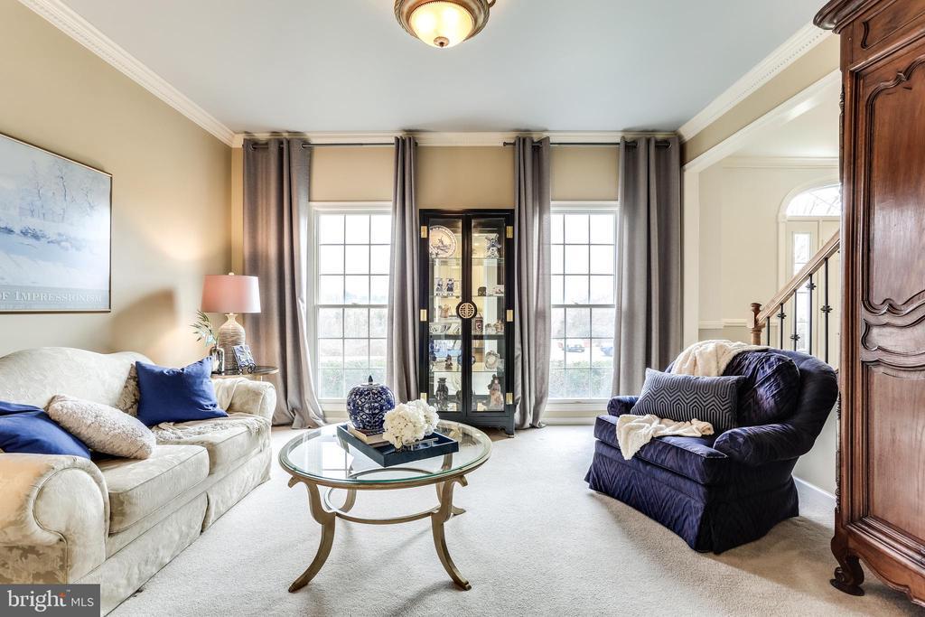 Formal living room - 11016 DORSCH FARM RD, ELLICOTT CITY