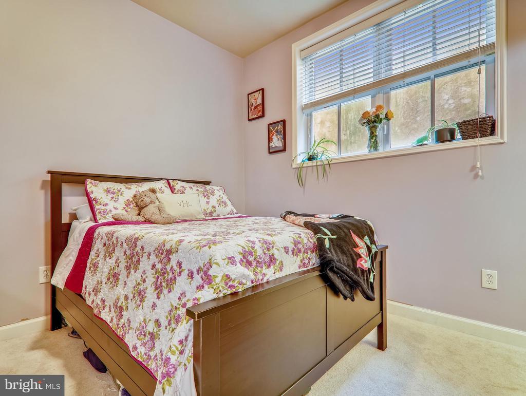 Master bedroom - 3350 17TH ST NW #T2, WASHINGTON