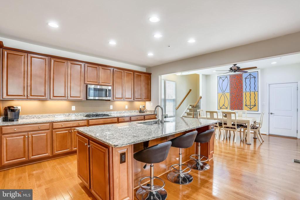 Breakfast bar &  breakfast room & rear stairway - 22362 BRIGHT SKY DR, CLARKSBURG