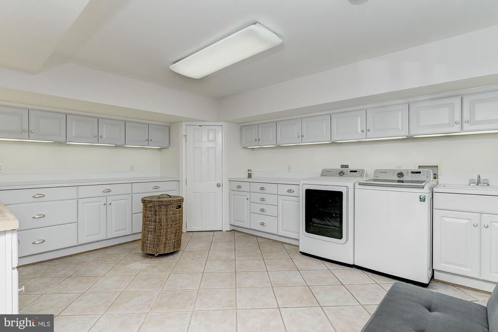 Laundry Room - 6600 KENNEDY DR, CHEVY CHASE
