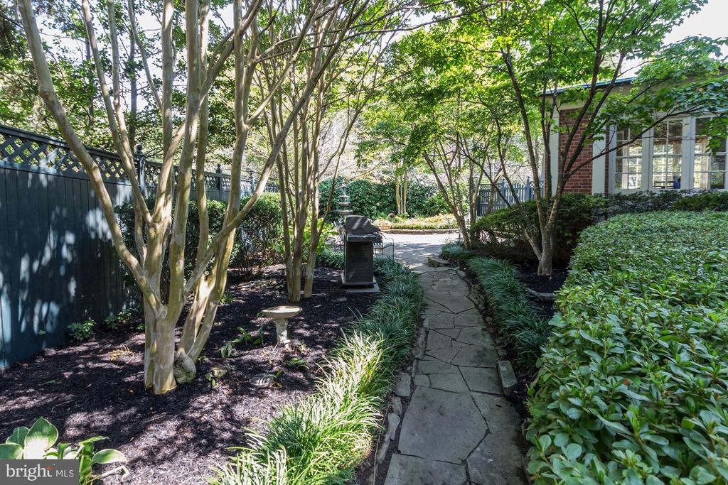 English Gardens with Romantic Walk-Ways - 6600 KENNEDY DR, CHEVY CHASE