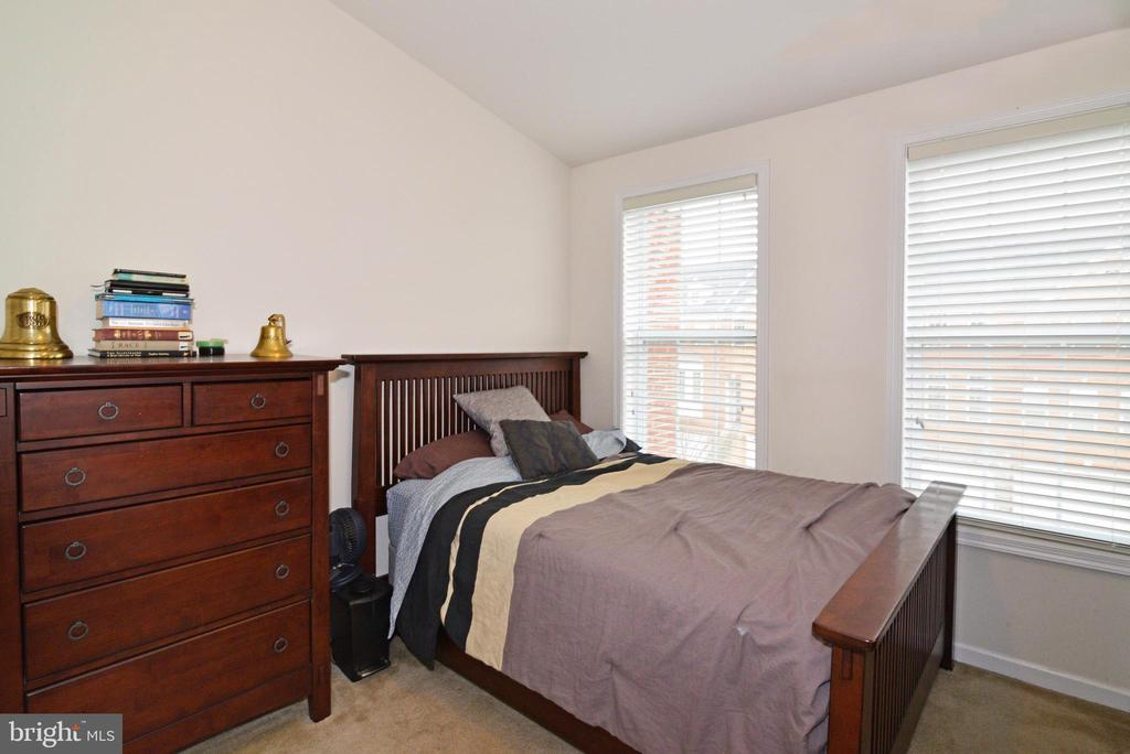 Bed 1 - 43275 MITCHAM SQ, ASHBURN