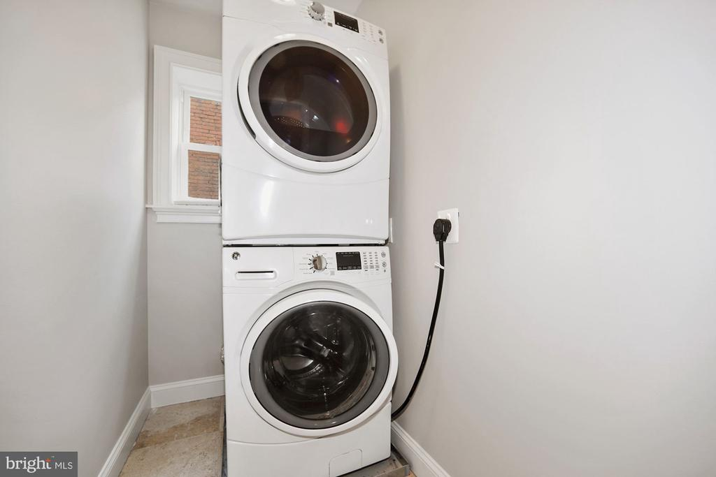 Second floor laundry room - 1122 6TH ST NE, WASHINGTON