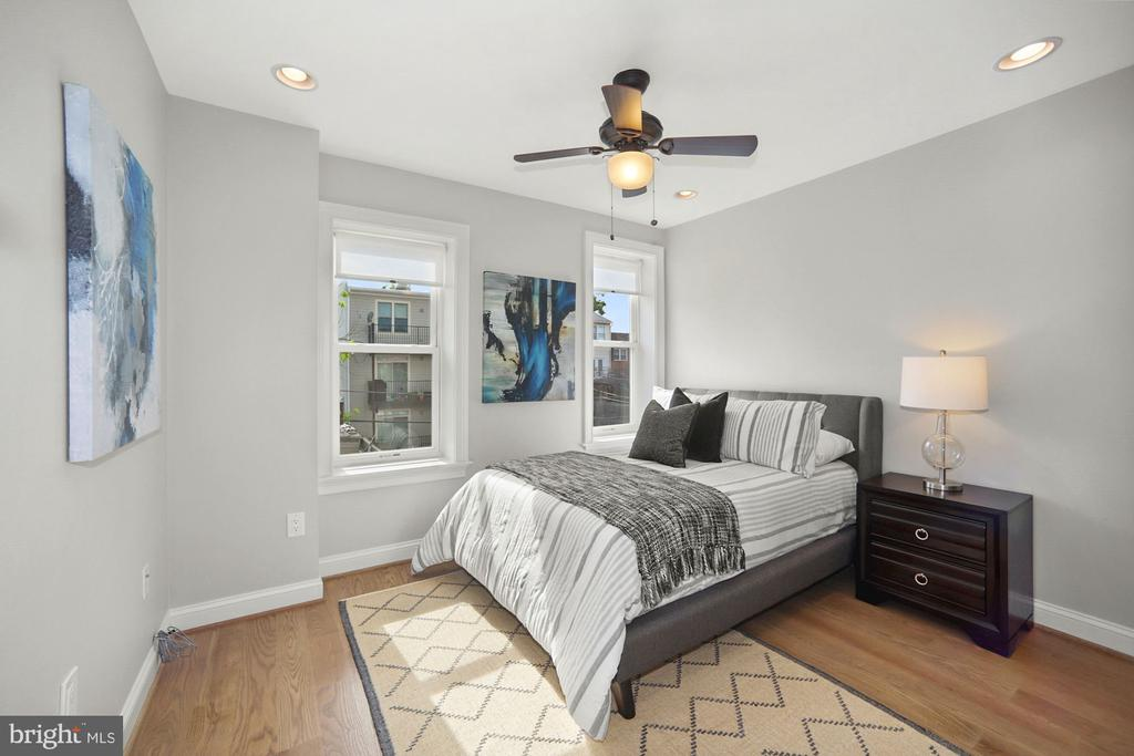 Fourth Bedroom.  (other view) - 1122 6TH ST NE, WASHINGTON