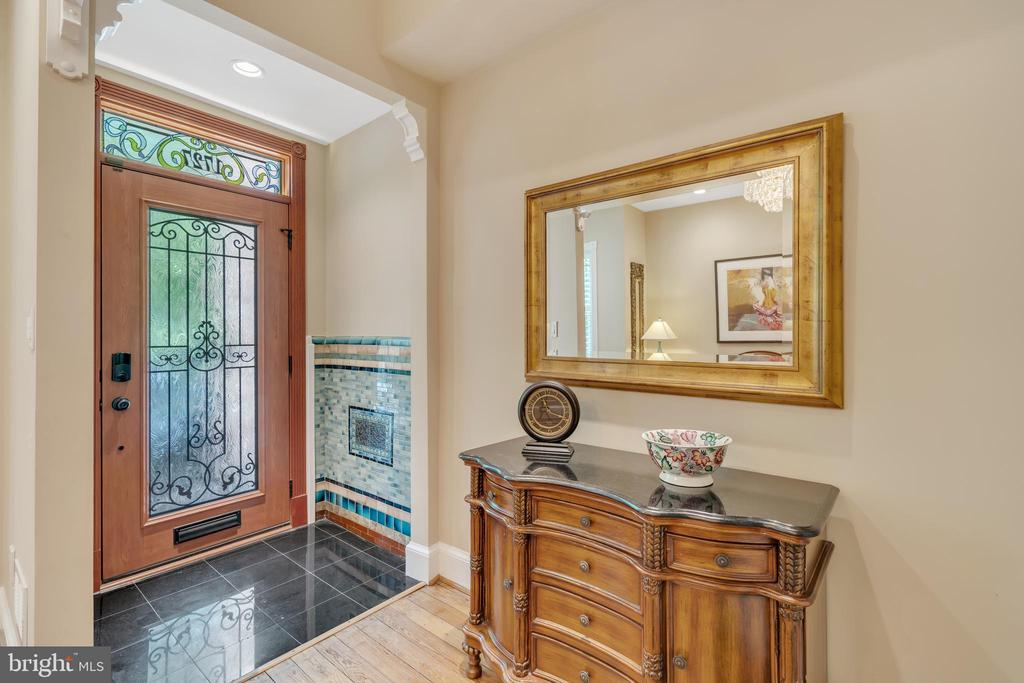 Open, bright foyer with new front door - 1727 WILLARD ST NW, WASHINGTON