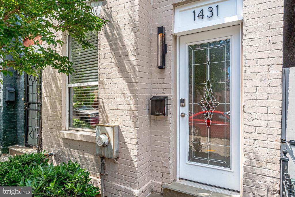 Welcome Home 1431 W ST! - 1431 W ST NW, WASHINGTON