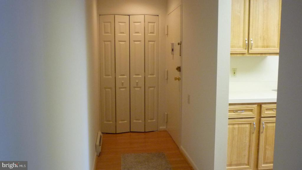 Entry Foyer with Large Coat Closet - 3429 N LEISURE WORLD BLVD N #88-3E, SILVER SPRING