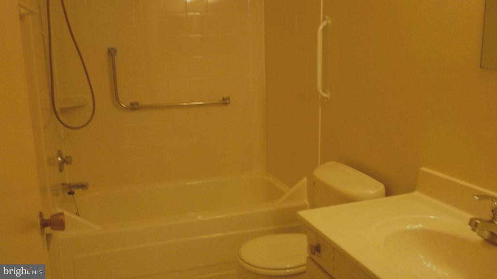Full Bath in Hall - 3429 S LEISURE WORLD BLVD N #88-3E, SILVER SPRING