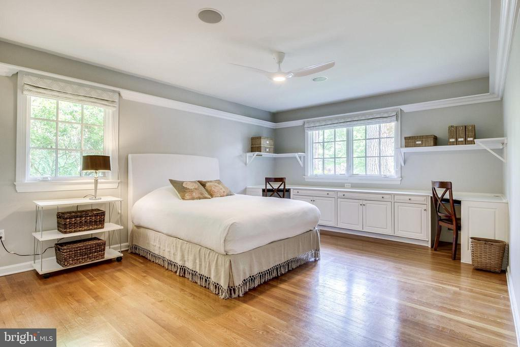 Bedrooms are Generously Sized - 4501 35TH RD N, ARLINGTON