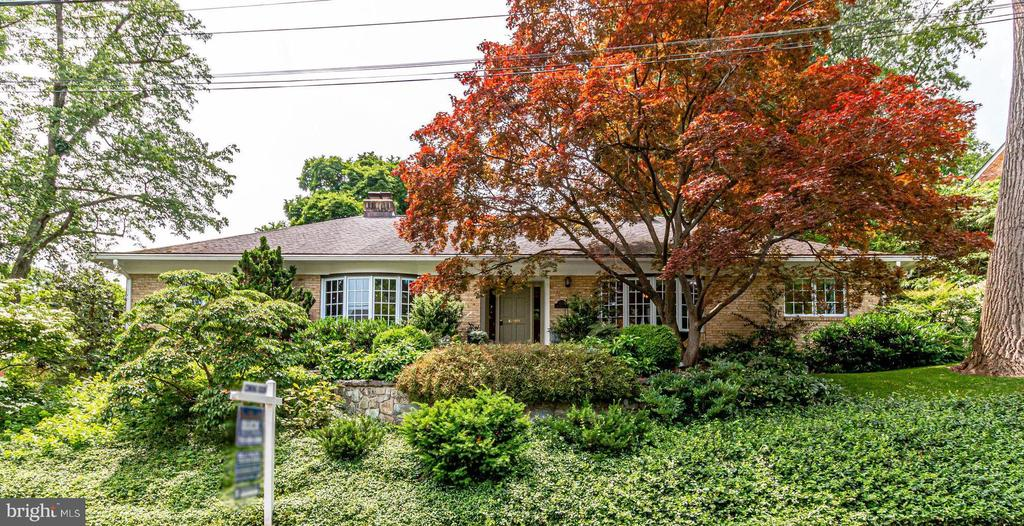 Welcome to 4501 35th Rd North! - 4501 35TH RD N, ARLINGTON
