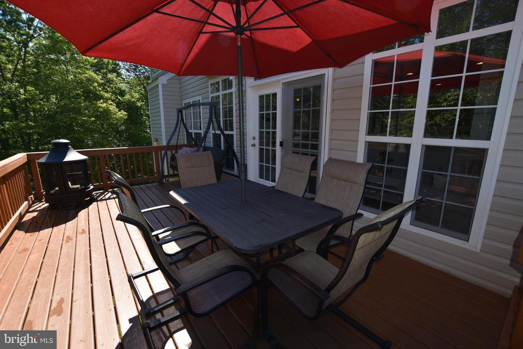 Enjoy your outdoors from here - 40 BELLA VISTA CT, STAFFORD