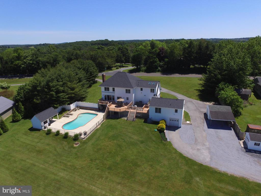 Exterior Rear Yard, Houses, & Pool Area - 6156 WOODVILLE RD, MOUNT AIRY