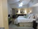 Large master bedroom - 3720 39TH ST NW #A163, WASHINGTON