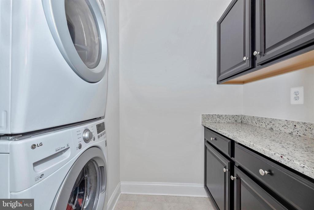 Laundry Room - 10024 BEERSE ST, IJAMSVILLE