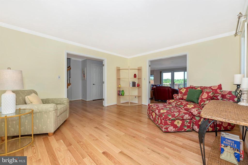 Living Room Area - 6156 WOODVILLE RD, MOUNT AIRY