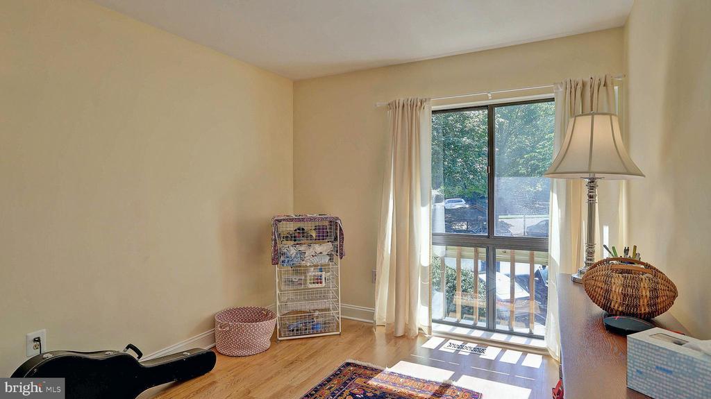 3rd bedroom - 11210 LAGOON LN, RESTON
