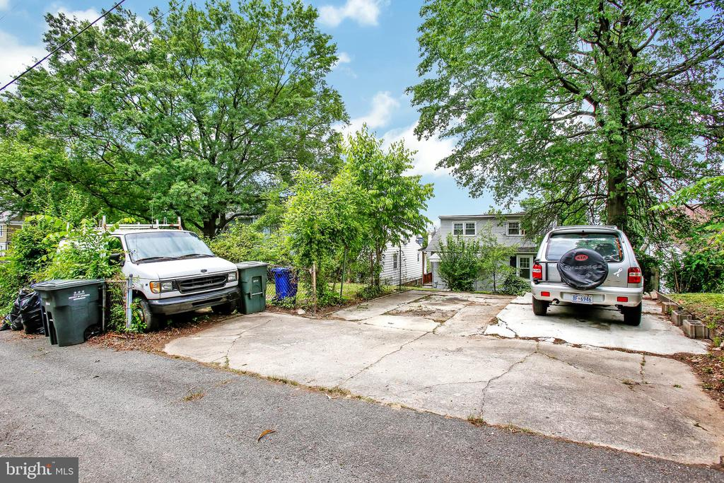 detached Parking - 1805 KEARNY ST NE, WASHINGTON