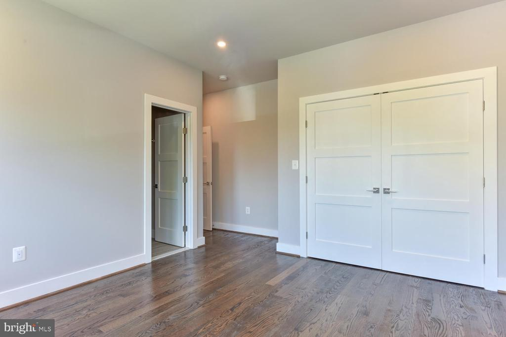 Bedroom - 2538 N GREENBRIER ST, ARLINGTON