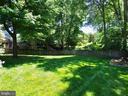 One of few flat back yards in this neighborhood! - 6218 GENTLE LN, ALEXANDRIA