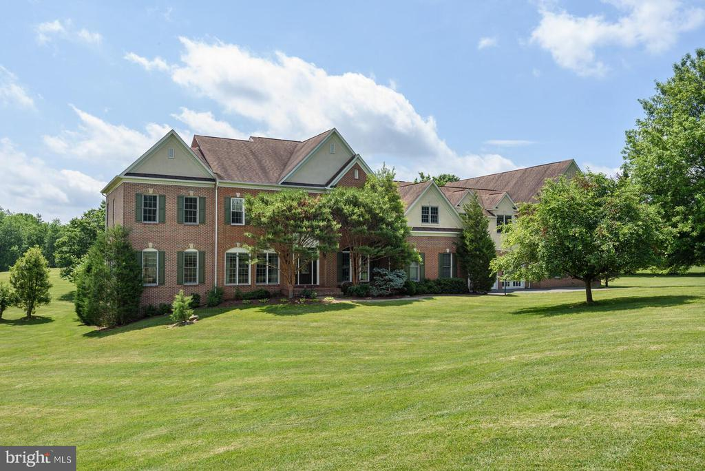 Welcome to 13701 Mount Prospect Drive - 13701 MOUNT PROSPECT DR, ROCKVILLE