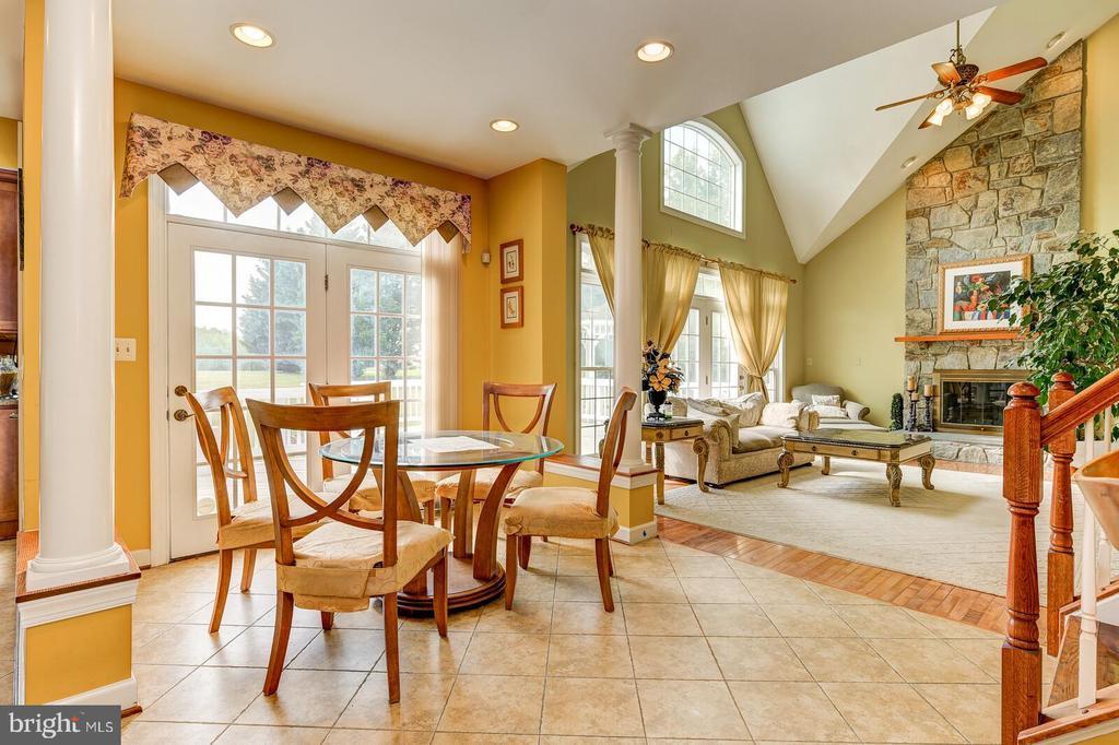 Breakfast Room off Kitchen leads to deck - 13701 MOUNT PROSPECT DR, ROCKVILLE
