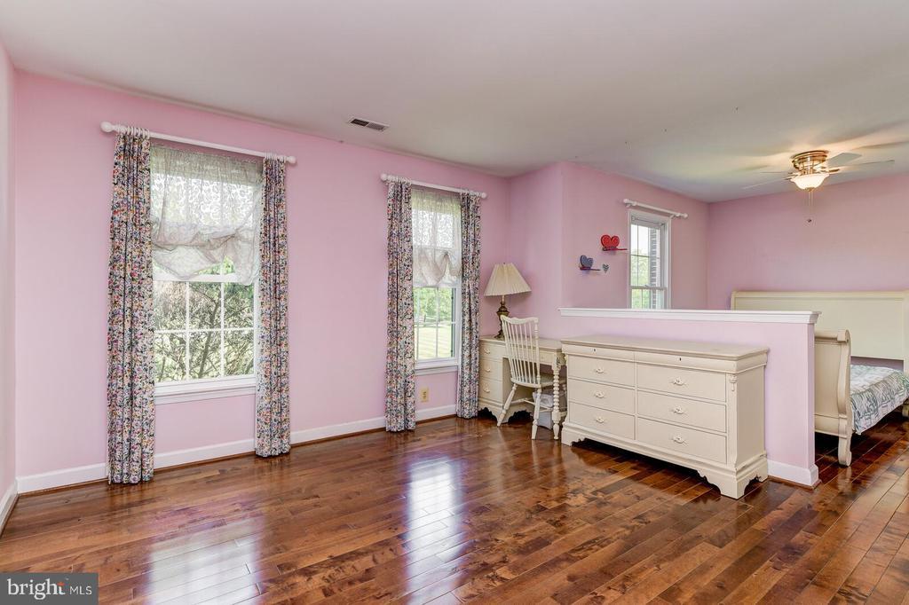 Bedroom 1 - 13701 MOUNT PROSPECT DR, ROCKVILLE