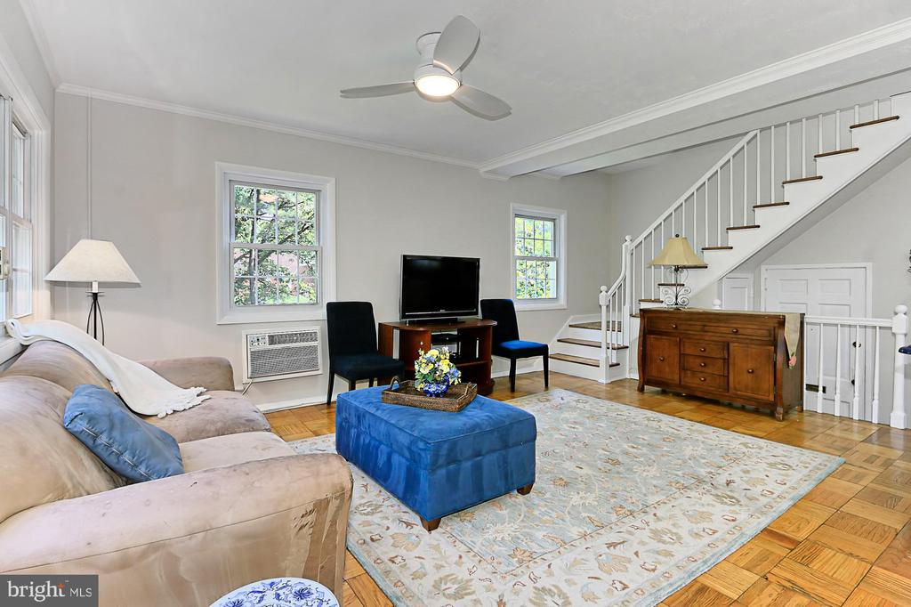 Spacious Living Room! - 3384 GUNSTON RD, ALEXANDRIA