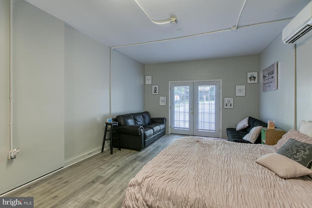 Good sized room - 11018 ABBEY LN, FREDERICKSBURG