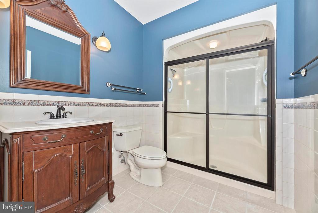 Full bath in lower level. Scrumptious! - 7799 COBLENTZ RD, MIDDLETOWN