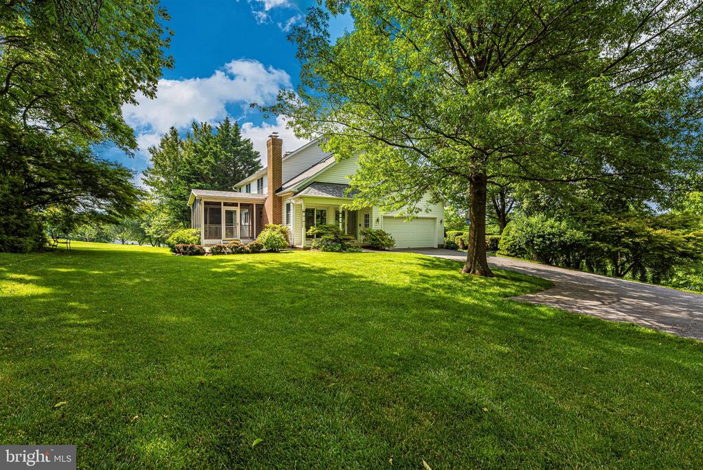Secluded, but not isolated - just perfect. - 7799 COBLENTZ RD, MIDDLETOWN