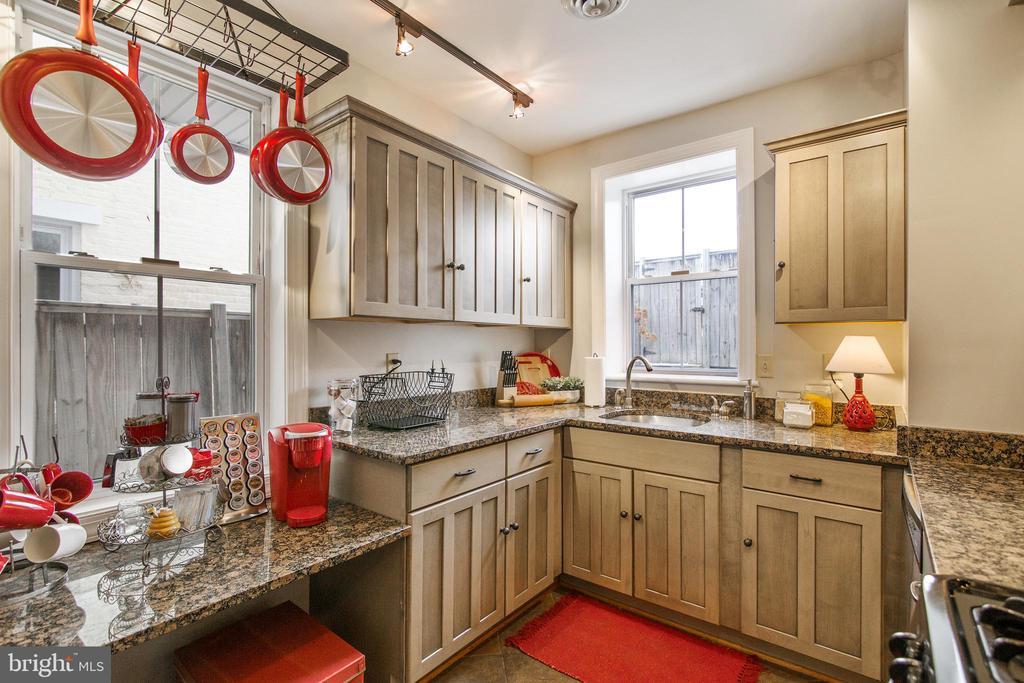 Kitchen - 442 W SOUTH ST, FREDERICK