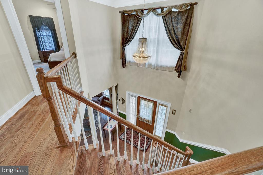 Upstairs Hallway/Foyer - 3725 BIG WOODS RD, IJAMSVILLE